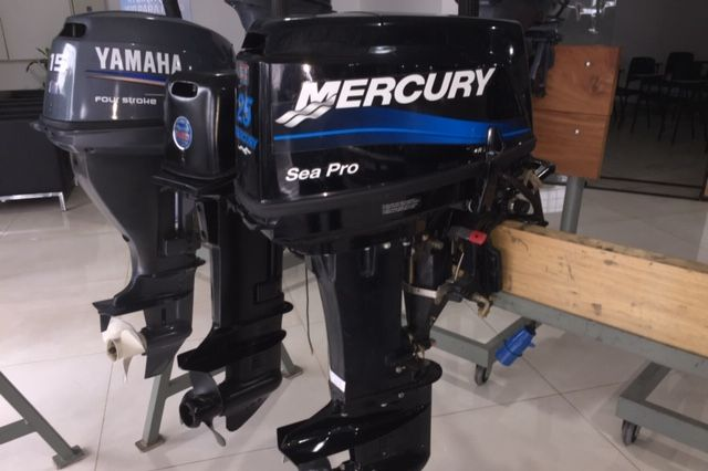 MOTOR 25/30 MERCURY SEA PRO COM PARTIDA ELÉTRICA ( 2014 )