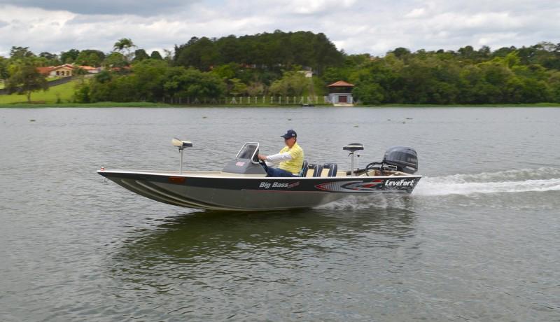 Lancha Levefort Big Bass Cross